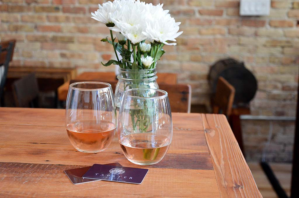 Rosé at Tapster