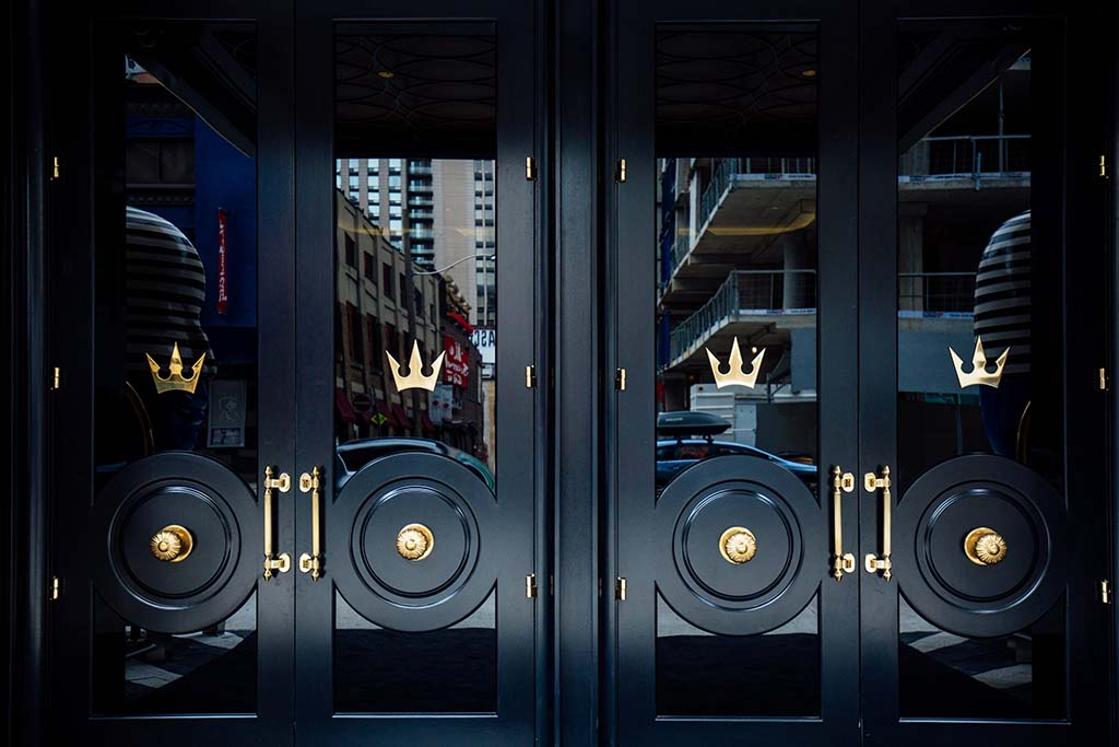 Front entrance of Bisha Hotel