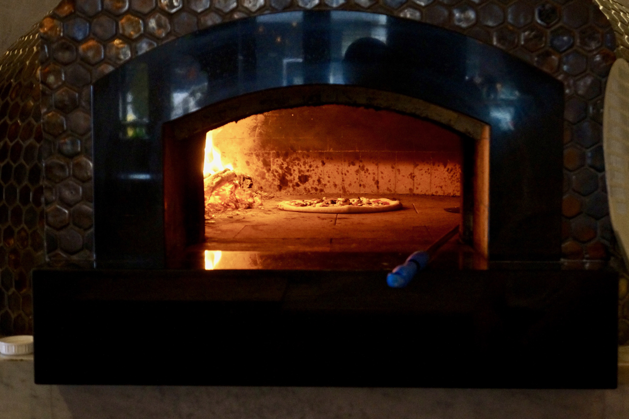 Woodfired pizza at Defina