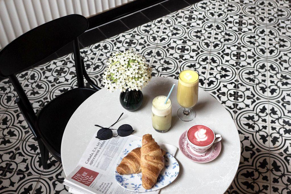 Café Victor Toronto